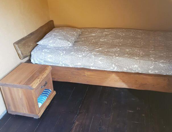 Kahe inimese tuba kahe voodiga